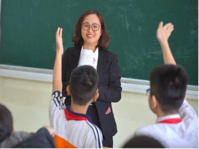 Luật sư Hà Nội Luật tham gia tuyên truyền phổ biến pháp luật tại Trường THCS Hoàng Hoa Thám
